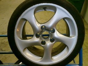 We Fix Alloys – see a Porsche 911 Turbo alloy wheel repair from start to finish